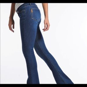 Paige jeans laurel canyon size 26